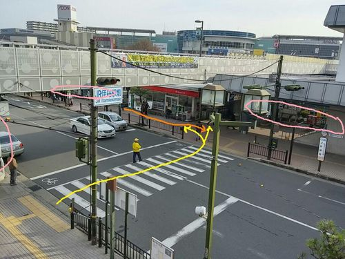 JR駅前1